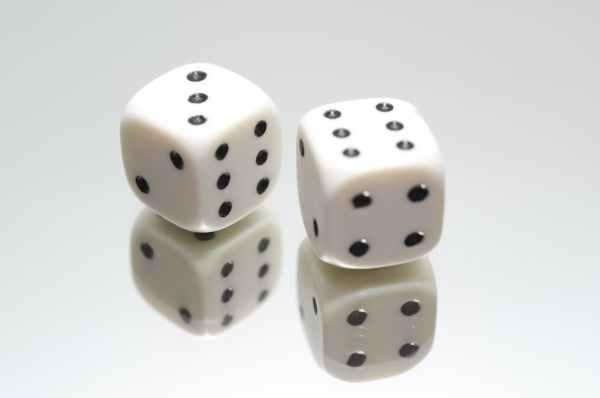 dice-eyes-luck-game-705171.jpeg
